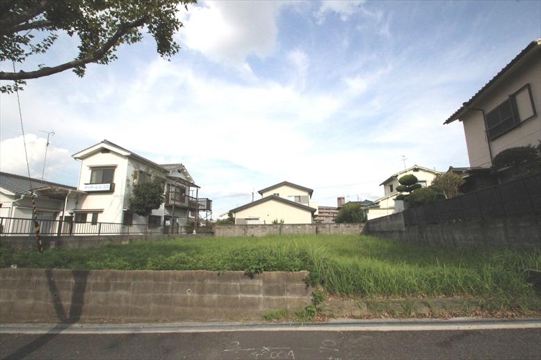 【建築条件なし】低層住居専用地域の閑静な住宅地